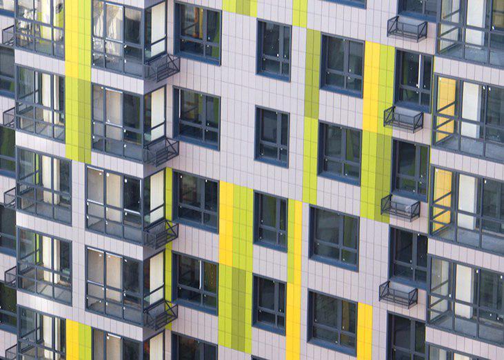 Согласно обещаниям властей, новые дома будут возводиться из высококачественных материалов
